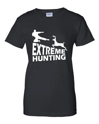 : Womens Extreme Hunting Funny Deer Hunting Kung Fu T-Shirt: Clothing