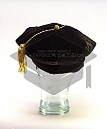 Doctoral Tam Black velvet 8-sided w/Gold Bullion Tassel M-L (22-23.5\