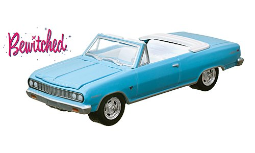 chevrolet-chevelle-malibu-light-blue-bewitched-verliebt-in-eine-hexe-1964-model-car-ready-made-green