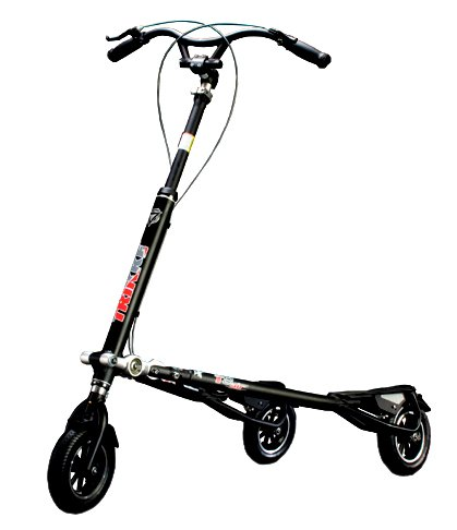 Trikke Tech T8 Series 3-Wheeled Carving Scooter (Black)