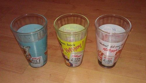 lot-de-3-verres-motif-logo-kelloggs-retro