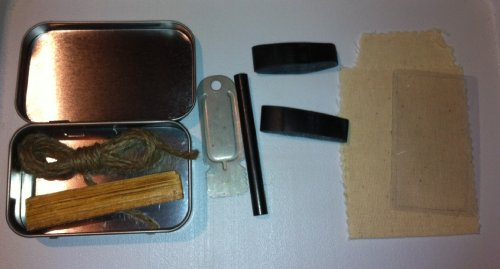 Emergency Fire Starting Kit: Pocket Fire Making Kit/Survival Kit
