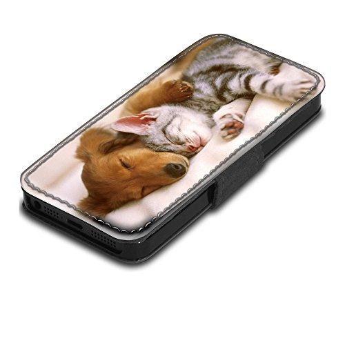 Hunde 10058, Schlafender Hund eine Katze, Schwarz Leder Hülle Fall Ledertasche Handyschutzhülle Klappetui für Handy mit Magnetverschluss und Farbig Design für Apple iPhone 5 / 5S