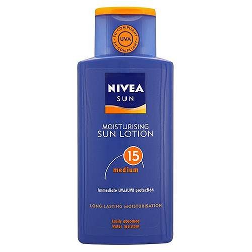 Nivea Sun Moisturising Sun Lotion Medium SPF15 With Immediate UVA / UVB Protection - 200ml