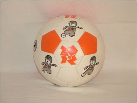 London 2012 Olympic 32 Panel Mascot Football Size 5 White/Orange