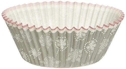 Wilton Snowflake Baking Cups. 75-Count