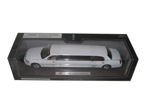 2003-lincoln-town-car-limousine-white-diecast-car-model-by-sunnyside