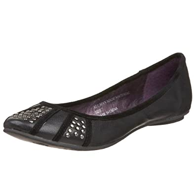 Volatile Women's Sugarplum Studded Flat,Black,5.5 M US