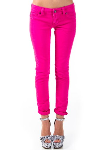 Bold Straight Cut Jeans in Fuchsia