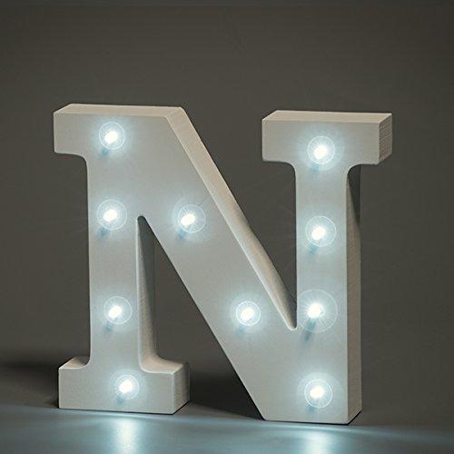 en-luces-decorativas-led-diseno-de-alfabeto-de-madera-en-color-blanco-letras-carta-n