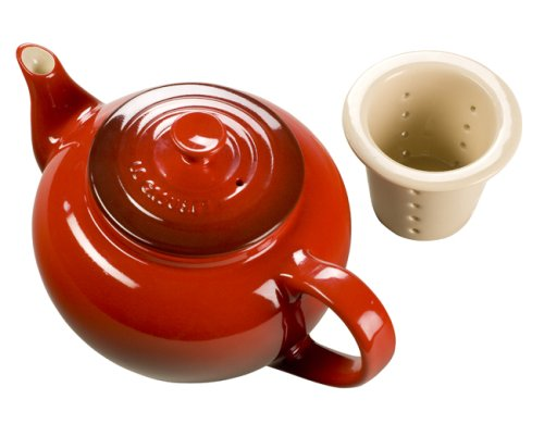 Le Creuset Stoneware 22-Ounce Teapot With Infuser, Cherry front-553602
