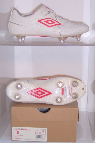UMBRO SPECIALI KIDS FOOTBALL BOOT JUNIOR TROPHY SG SIZES 3 3.5 4 4.5 5 5.5 (5)
