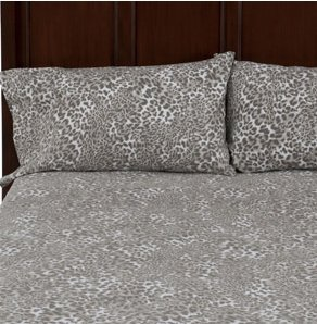 Winter Sheets - Flannel Sheet Set- Leopard Print. Get Your Warm, Snuggly Flannel Sheets Now And Be Prepared For The Cold Nights. Flannelette Sheets Make You Want To Go To Bed. Do You Hate Getting Into A Cold Bed - Flannel Bed Sheets Are For You (King) front-683564
