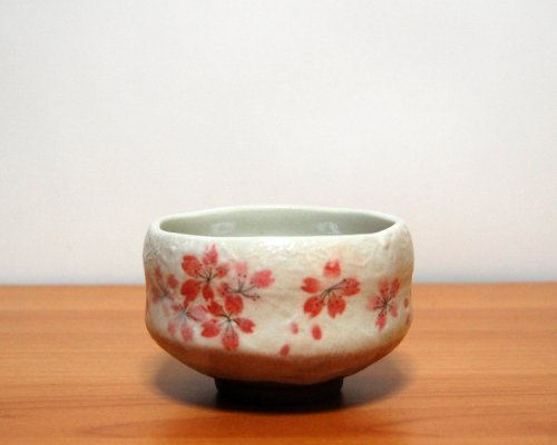 Learn More About Ryu Mei Ippuku Shino Tataki Sakura Matcha Chawan (Matcha Bowl), Red