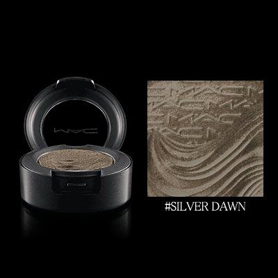 マック エクストラ ディメンション アイ シャドウ #SILVER DAWN 1.3g