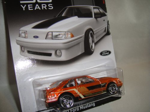Hot Wheels - Mustang Fifty Years - 04/08 - '92 Ford Mustang