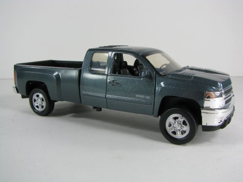 chevrolet-silverado-2500-hd-pickup-truck-model-132-scale-by-newray-by-city-cruiser