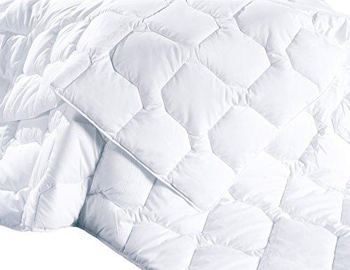 zollner steppdecke bettdecke steppbett 155x220 cm f llgewicht 630 g f r den sommer. Black Bedroom Furniture Sets. Home Design Ideas