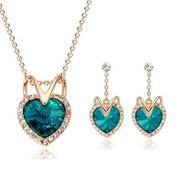 18ct Yellow Gold Heart Shape Earrings & Necklace Jewellery Set with Swarovski Crystals