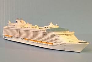 Amazon.com OASIS OF THE SEAS Royal Caribbean Cruise Ship Model Inscale 11250 Souvenir Series ...