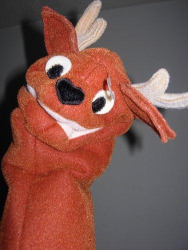 reindeer and dinosaur puppets -#main