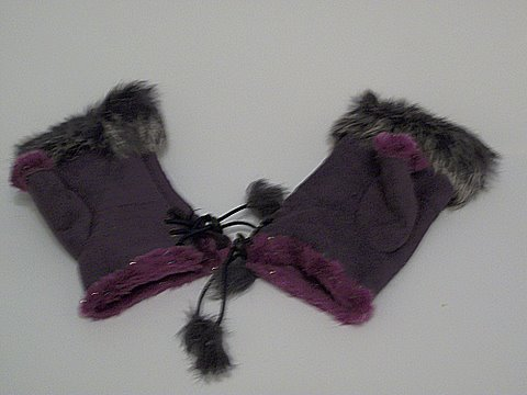 [Clothing & Accessories] Purple fingerless fur gloves pair   amazon.coms service   41d7v6PVrAL