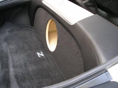 "Zenclosures Nissan 350Z 1-10"" Subwoofer Box Sub Box"