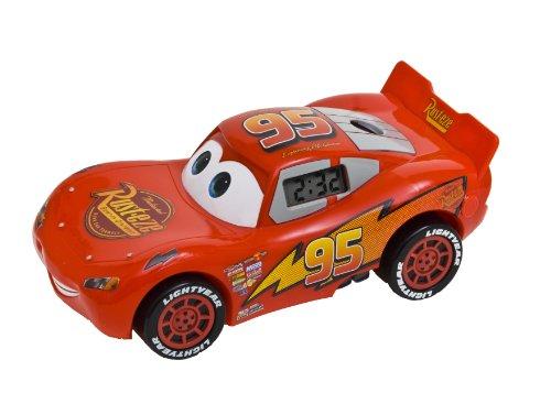 universal-trands-cars-2-lightning-mcqueen-reveil-avec-projection-de-lheure-et-mouvement