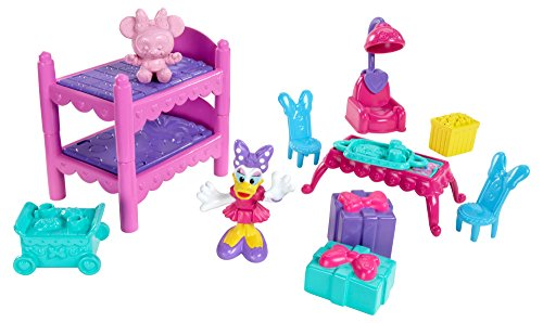 Fisher-Price Disney Minnie Bow Sweet Home Sleepover Party - 1
