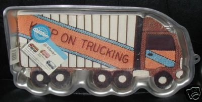 $$ Wilton Cake Pan: 18 Wheeler Truck/Tractor Trailer/Moving Van (2105-0018, 1986) Cheap