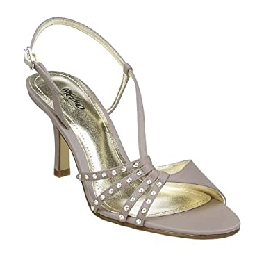 Cool Wedding Shoes for Your Wedding Day 1