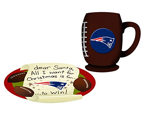 b5a6b4cede72 New England Patriots Cookies For Santa Plate and Mug Set