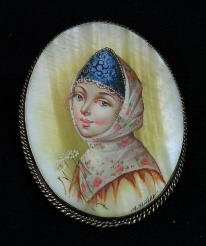 Russian Brooch Hand Painted over Mother of Pearl PORTRAIT of YOUNG GIRL #0860
