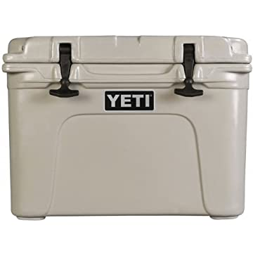 Yeti Tundra 35 Quart Cooler - Tan