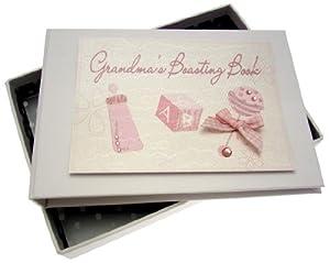 White Cotton Cards - Álbum de fotos del bebé para la abuela, diseño de sonajero, color rosa por Wharton School Publishing - BebeHogar.com
