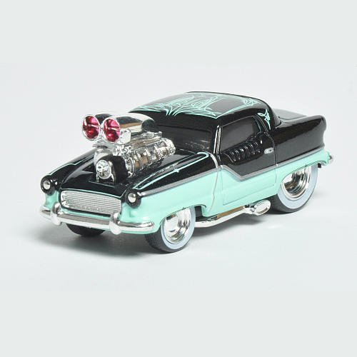Maisto Muscle Machines 1954 Nash Metropolitan 1:64