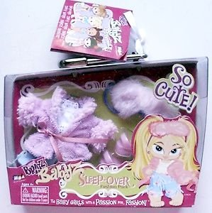 Bratz Babyz Fashion Pack ~ Sleep-over Fashion Pack (Doll Not Included)