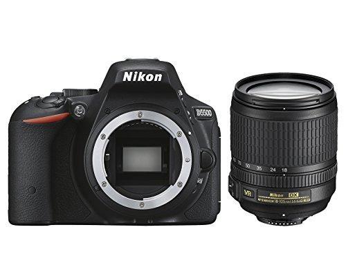Nikon D5500 + Nikkor 18-105 VR Fotocamera Reflex Digitale, 24,2 Megapixel, LCD Touchscreen regolabile, Wi-Fi incorporato, SD 8GB 200x Premium Lexar, colore: nero [Nital card: 4 anni di garanzia]