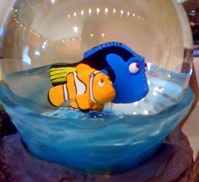 Disney Finding Nemo Seagull Mine Snowglobe finding promise