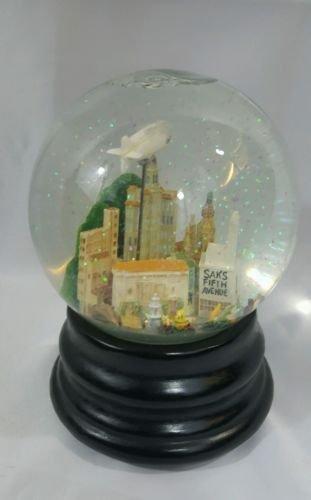 saks-fifth-avenue-pasadena-rose-bowl-parade-city-landmark-musical-waterball-snowglobe