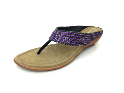 Feathers Women's Black Synthetic Chappals