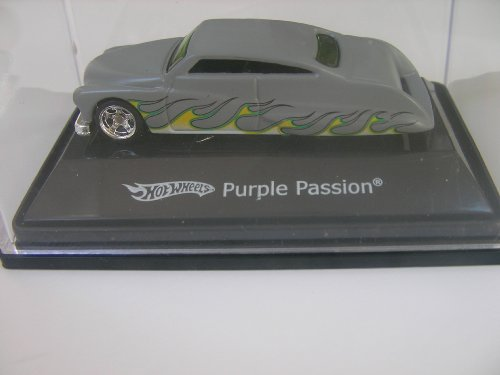 Hot Wheels Purple Passion 1:87 scale in Collector Case