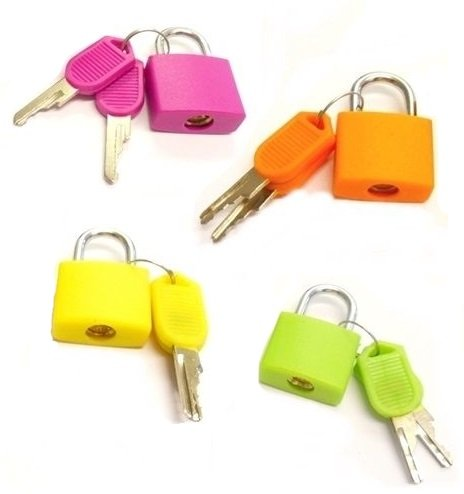 TRI-CIRCUS Set of 4 Small Padlocks for Securing Luggage while Travelling – Includes 2 Keys for each Lock (Assorted Colors)