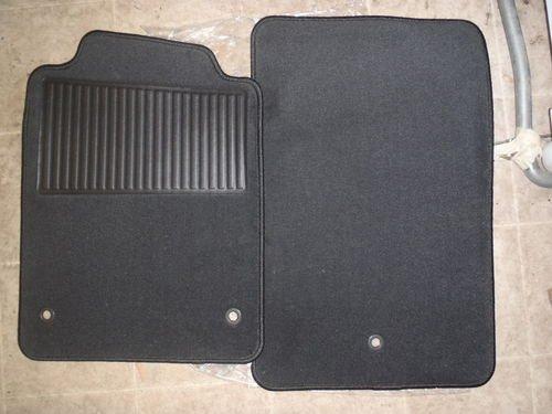 Genuine Gm Accessories 25864433 Front Carpet Replacement Floor Mat front-486127