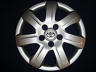 "Genuine Toyota (42602-06050) 16"" Wheel Cover"