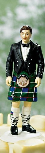 Scottish-Groom-in-Kilt-Wedding-Cake-Topper