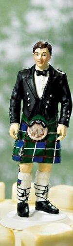 Scottish-Groom-in-Kilt-Wedding-Cake-Topper