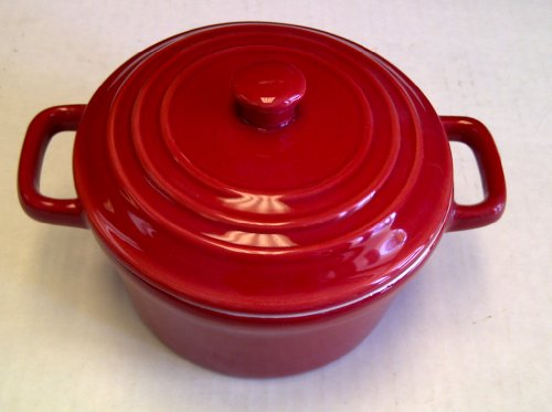 "Tbc Home: ""Mini"" Indivual Oven Safe Red Round 8 Ounce Petite Casserole Dish Perfect For Baking & Serving Vegetables, Soups, Casseroles, Souffles, Egg Dishes, Desserts & Any Other Baked Food. Refrigerator, Dishwasher, Oven & Microwave Safe"