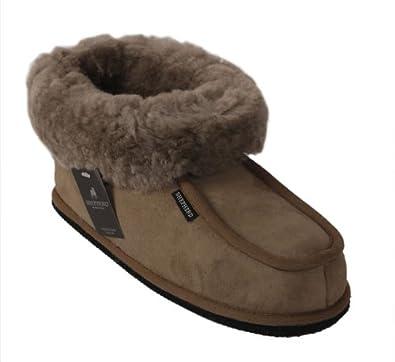 Pantoufle femme de type chausson en peau de mouton couleur grise