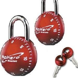 master lock 2076dast sphero combination locks with key access in red 2 locks open both locks. Black Bedroom Furniture Sets. Home Design Ideas